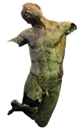 La Statua nella sua interezza