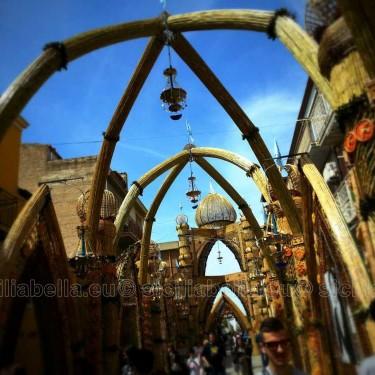 Archi e decorazioni
